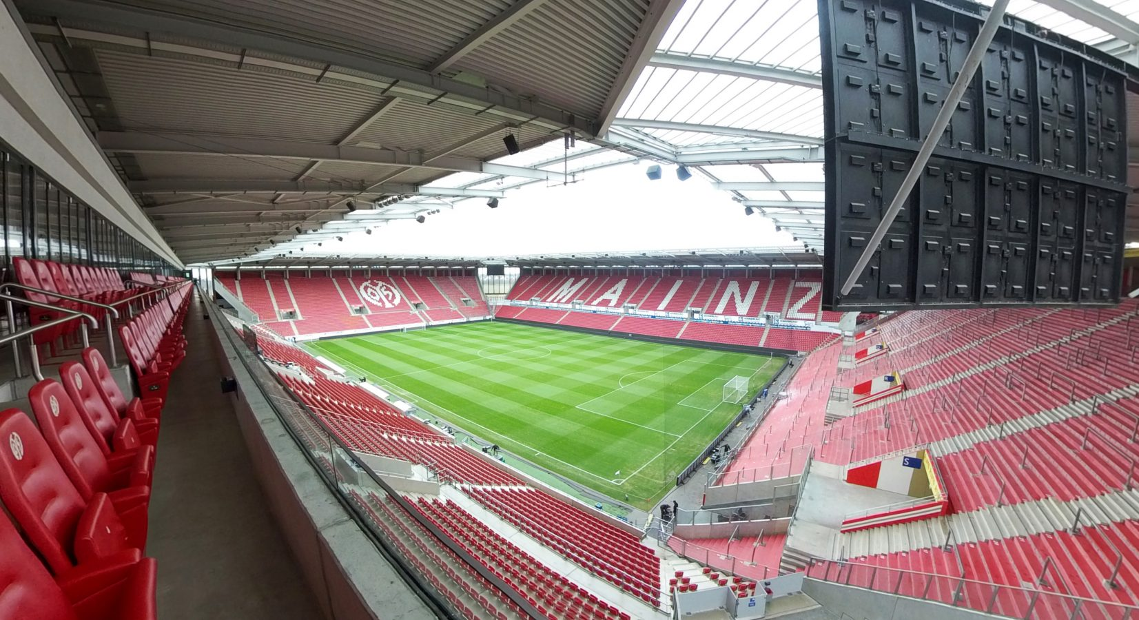 Die Opel Arena in 360 Grad erleben
