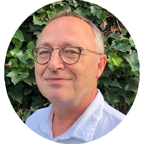 Dr. Ulrich Alker