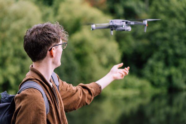 Wir sind immer wieder mit der Drohne von Flussreporter Victor Riley an der Modau unterwegs.