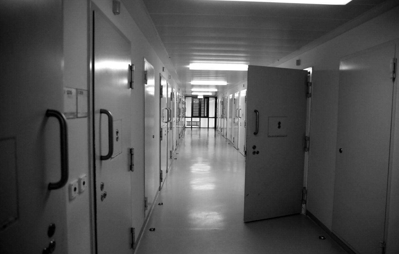 In 360-Grad hinter Gittern