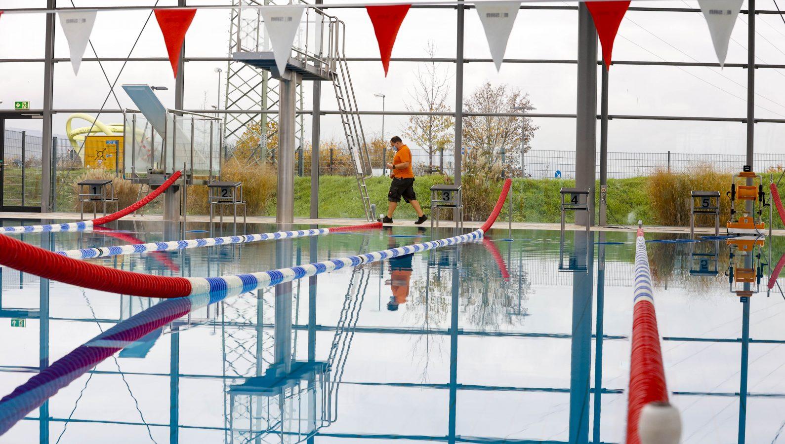 Stilles Wasser – Erlebnisbad Rheinwelle ist im zweiten Lockdown