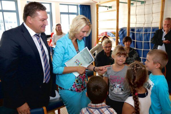 Mit Bundesfamilienministerin Manuela Schwesig in einem Kindergarten in Worms (Foto: Mühleck)