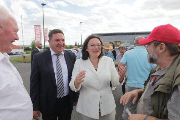 Mit der damaligen Bundesarbeitsministerin Andrea Nahles (Foto: Schmitz)