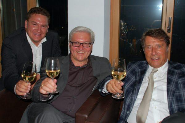 Mit dem heutigen Bundespräsidenten Frank-Walter Steinmeier und dem Schlagerstar Udo Jürgens (Foto: privat/Held)